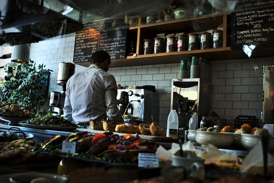Asesoría riesgos laborales en restaurantes – ¿Qué hacer ante las vulnerabilidades?
